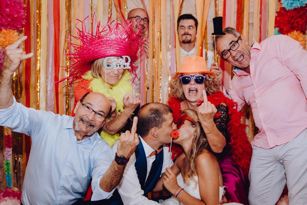 Mariage et Photos de groupes en soirée fun et drôles